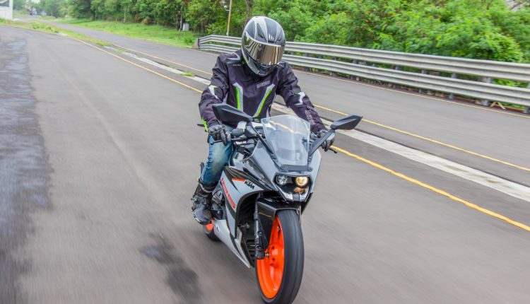 2019-KTM-RC-125-india-review-18