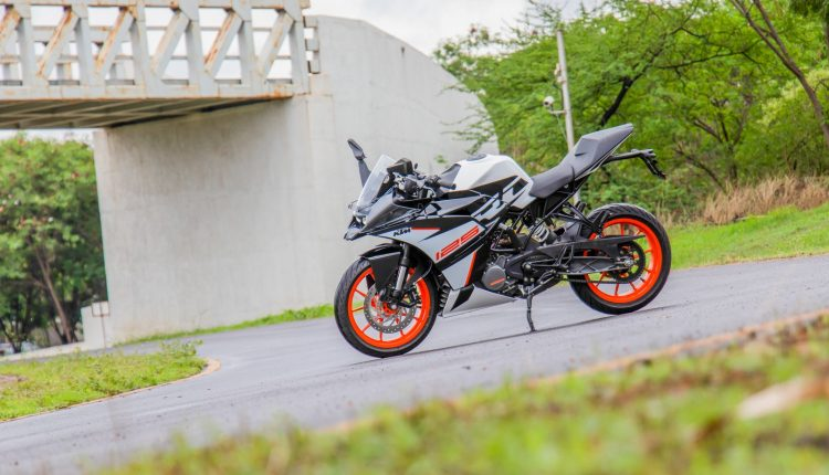 2019-KTM-RC-125-india-review-4