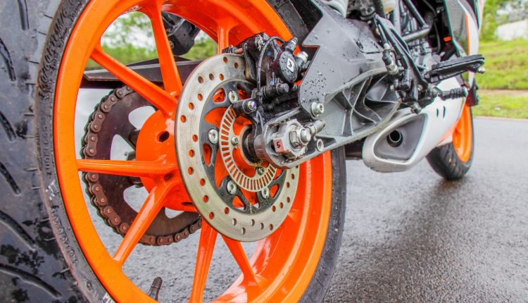 2019-KTM-RC-125-india-review-6