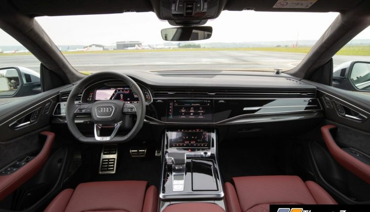 Audi SQ8 TDI Cockpit Interior