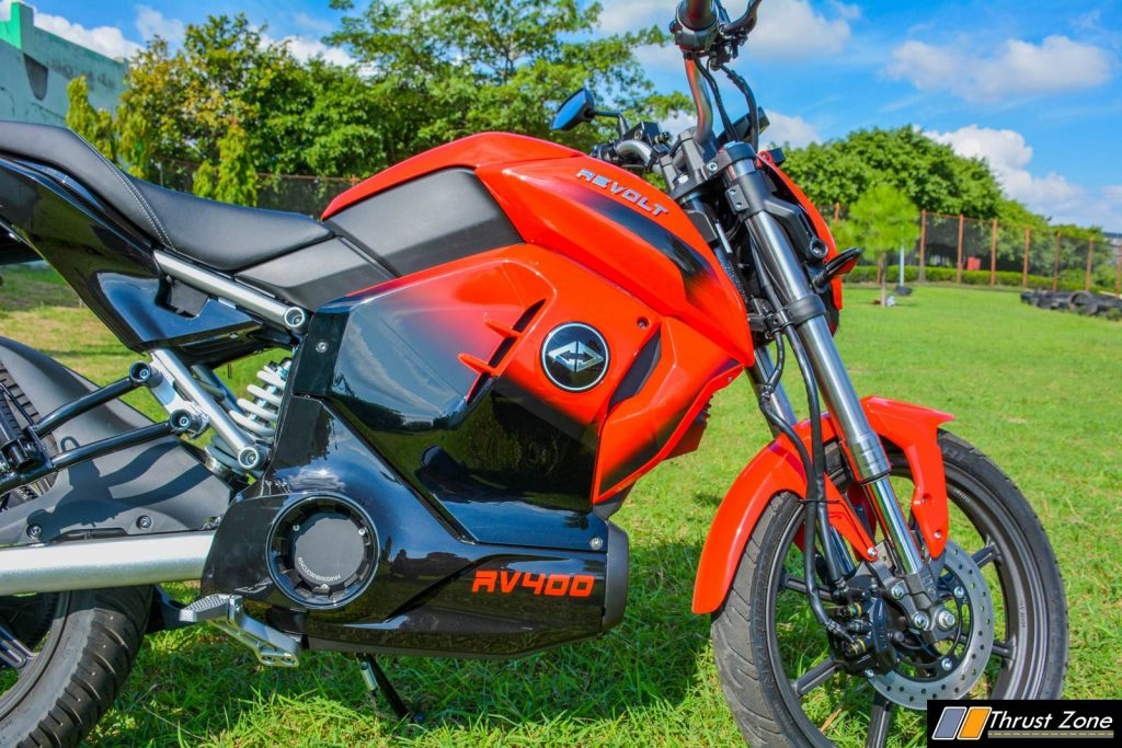 2019-Revolt-RV400-Review-Electric-Motorcycle-11