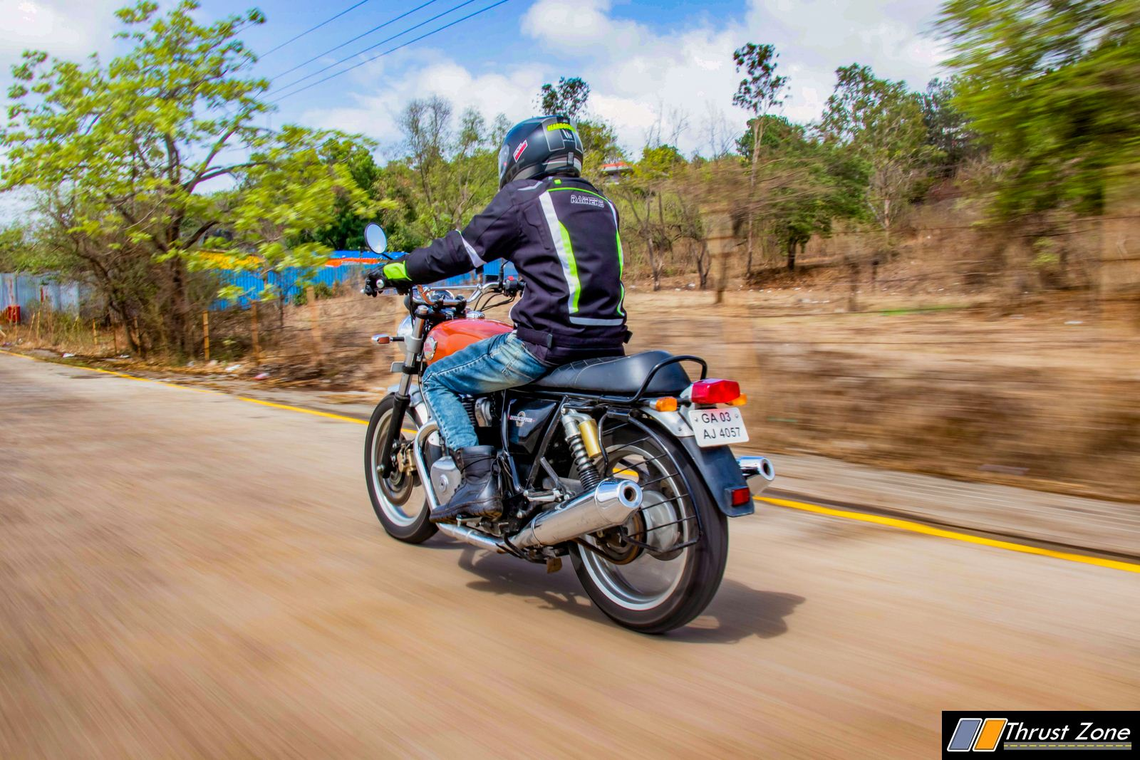 2019-Royal-Enfield-Interceptor-650-review-3