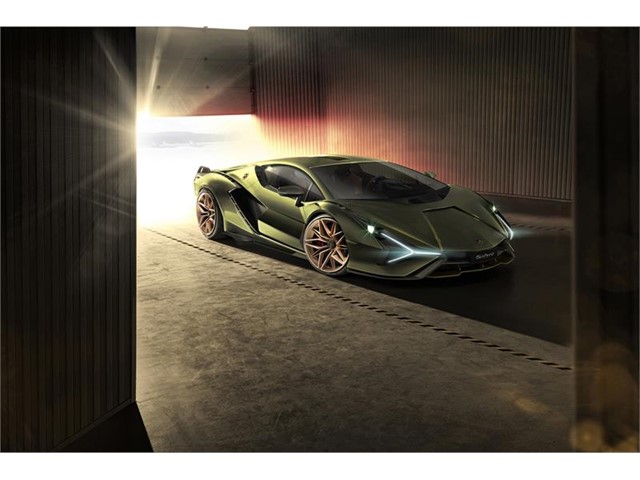 Lamborghini-sian-hybrid-sports-car (2)