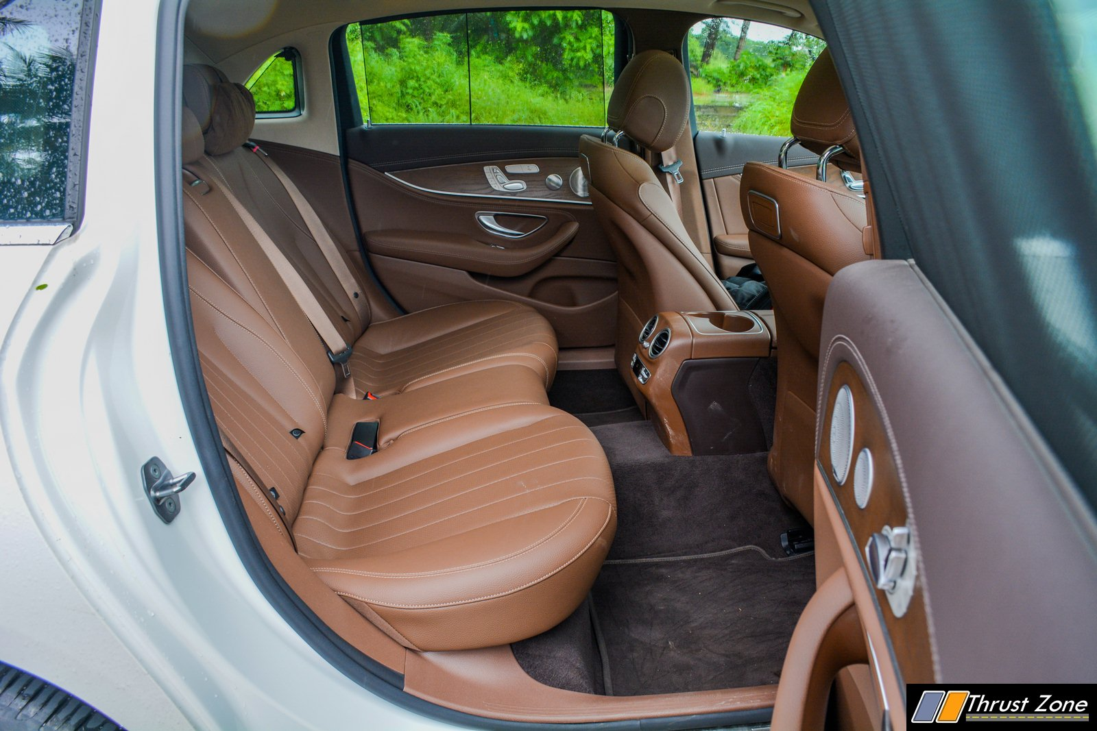2019-BS6-Mercedes-E220d-India-Review,-8