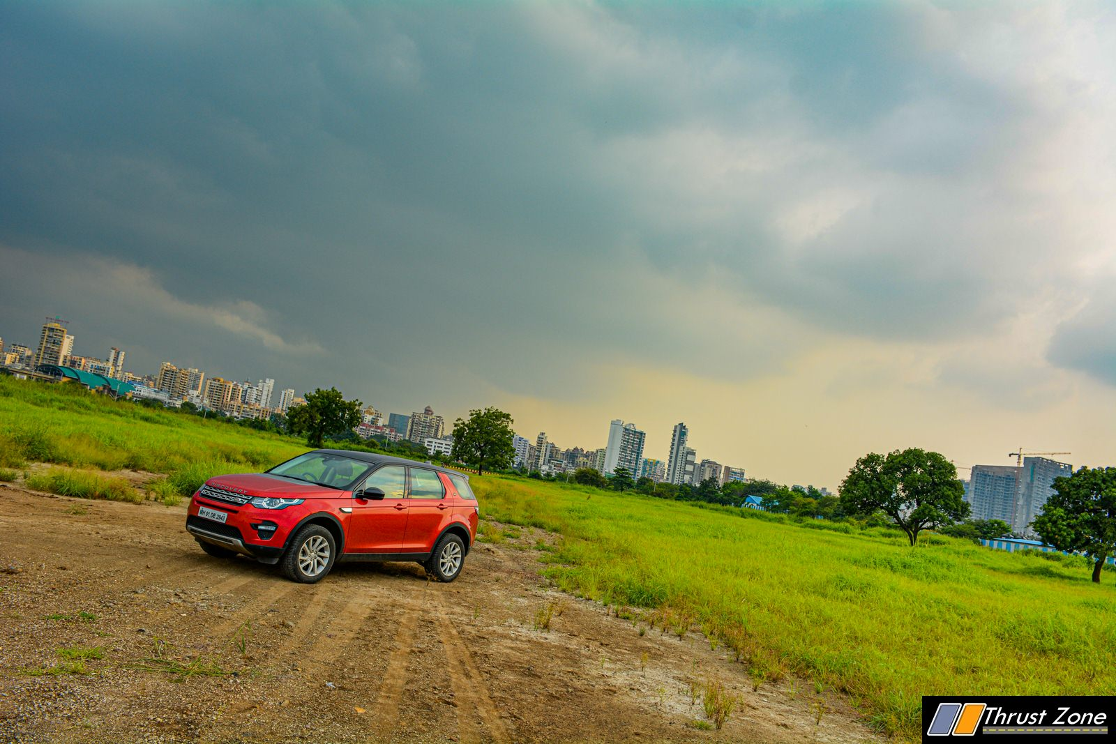 2019-Discovery-Sport-India-Review-12