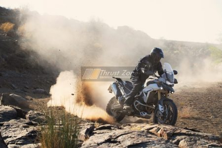 tiger-900-rally-pro-20MY-AZ4I4504-AB-1