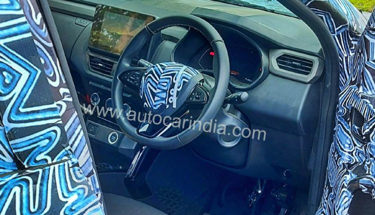 Renault Kiger spied india suv (1)