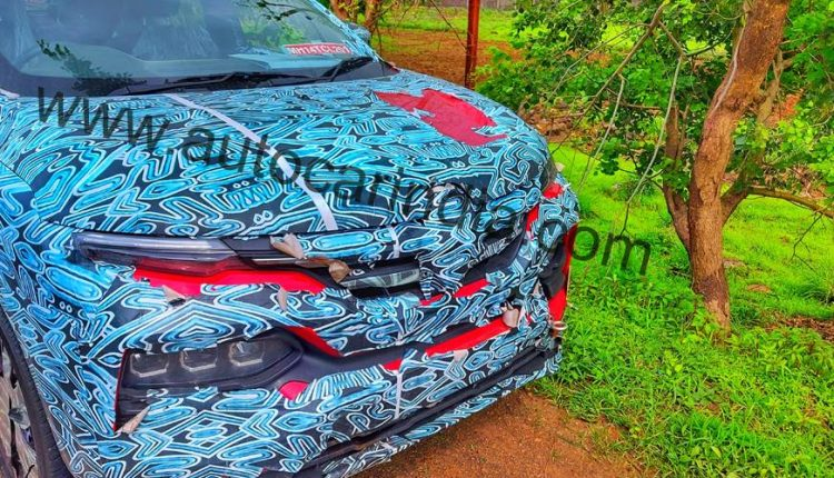 Renault Kiger spied india suv (2)