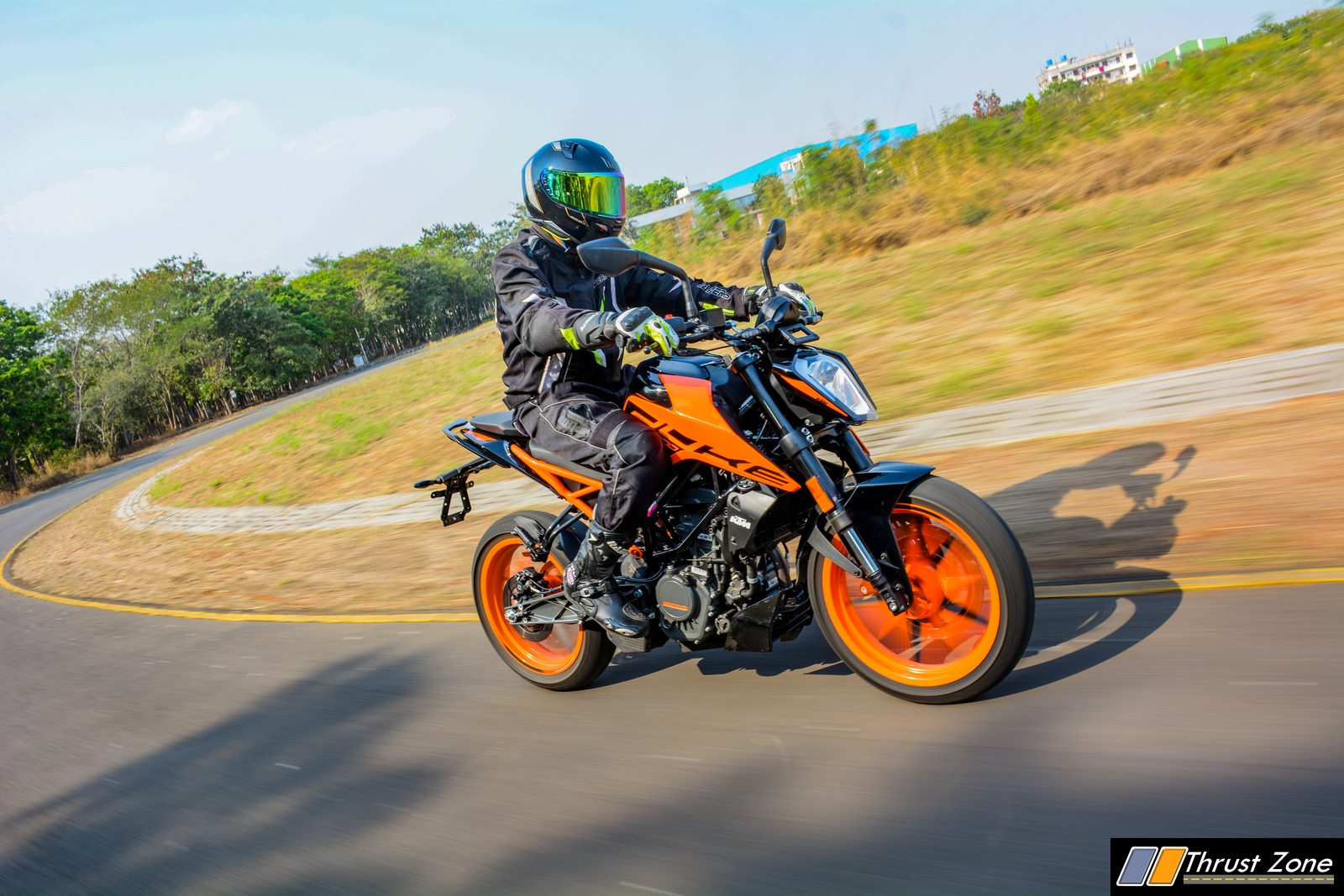 2020-KTM-Duke-200-BS6-Review (1)