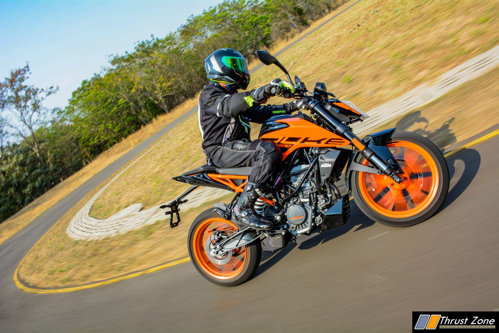 2020-KTM-Duke-200-BS6-Review (3)