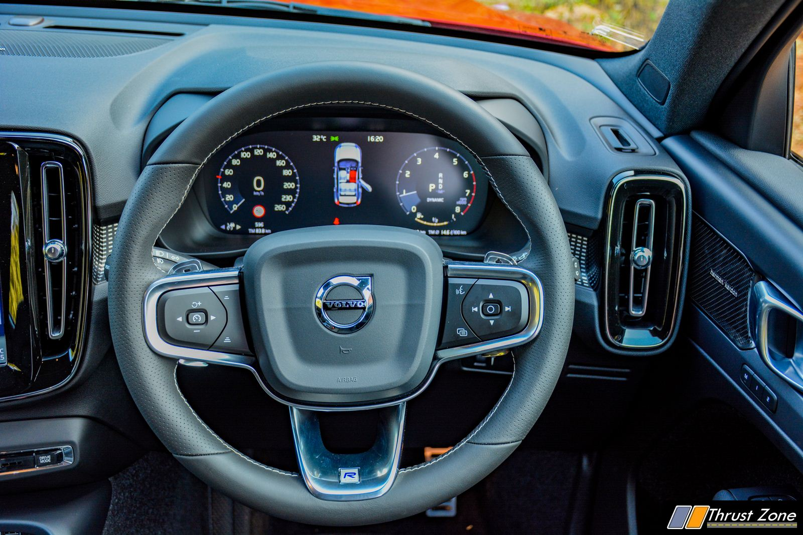 2020-volvo-xc40-petrol-india-review-14