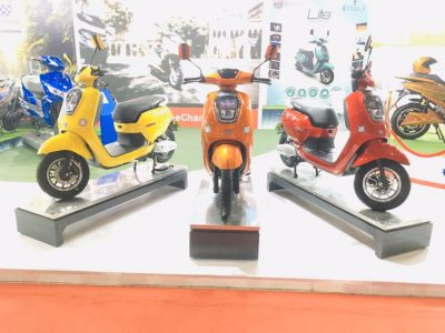 Okinawa Displays Revised Range and Concept Electric Cruiser At Auto Expo 2020 (1)