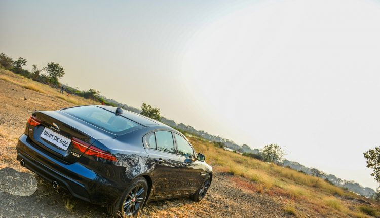 2020-Jaguar-XE-P250-India-Review-16