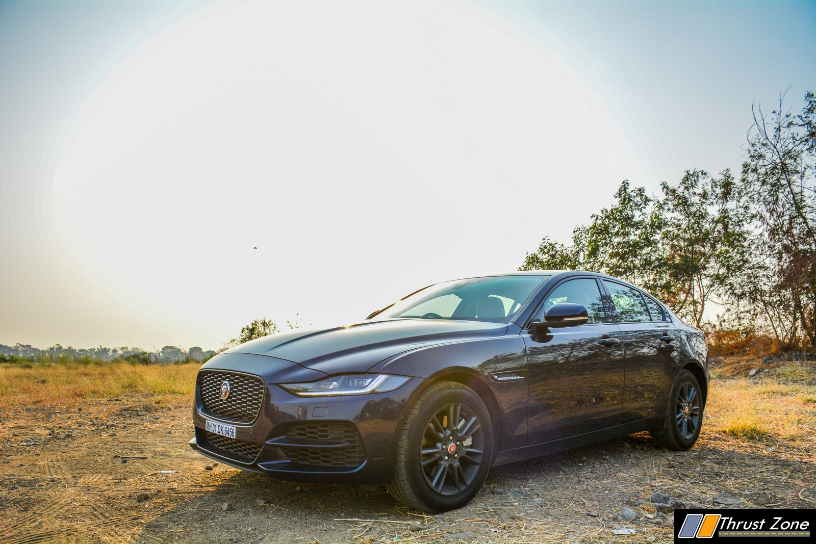2020-Jaguar-XE-P250-India-Review-18