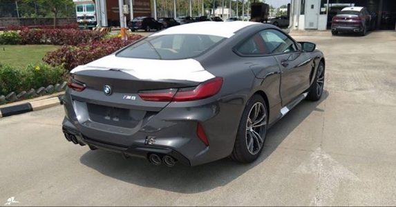 bmw-m8-spied-india (1)