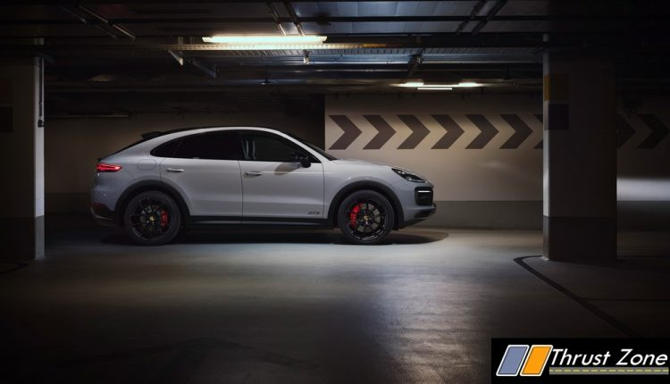 2020 Porsche Cayenne GTS and Cayenne GTS Coupé (7)