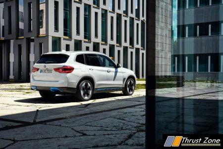 BMW iX3 SUV (2)