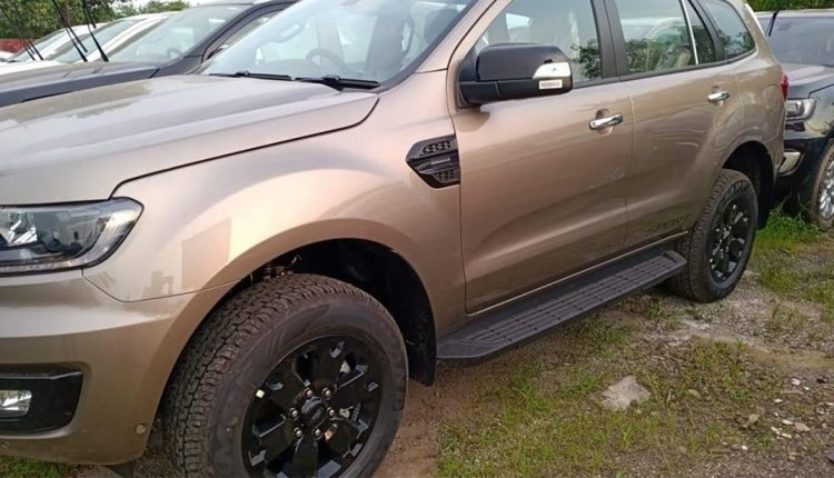 BS6 2020 Ford Endeavour Sport (2)
