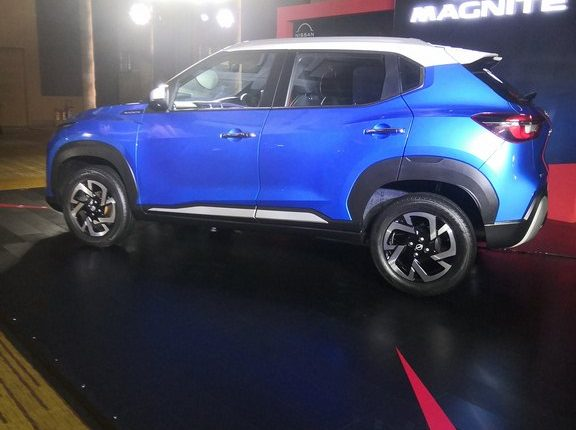 Nissan-magnite-india-launch (7)