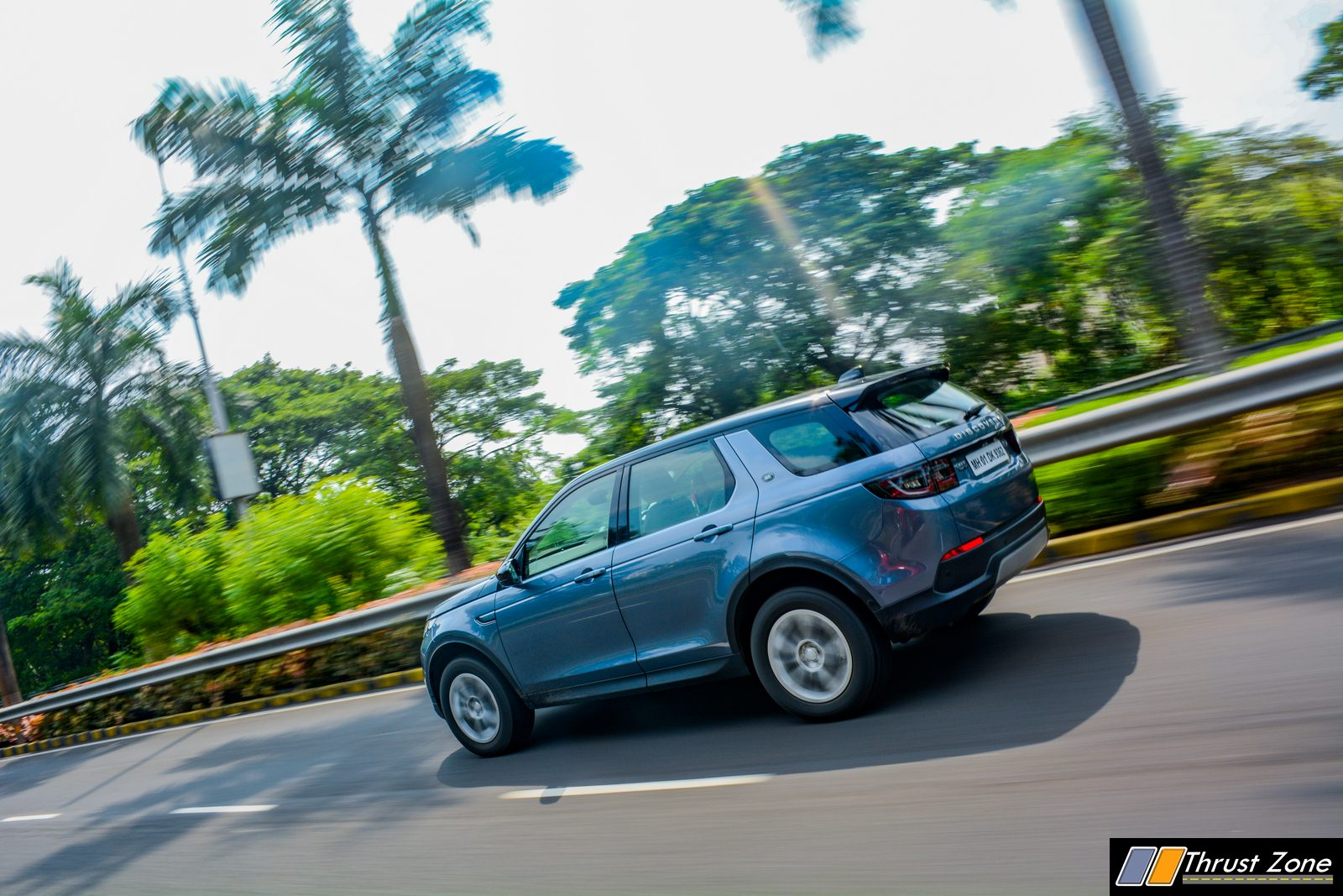 2020-Land-Rover-Discovery-Diesel-India-Review-18