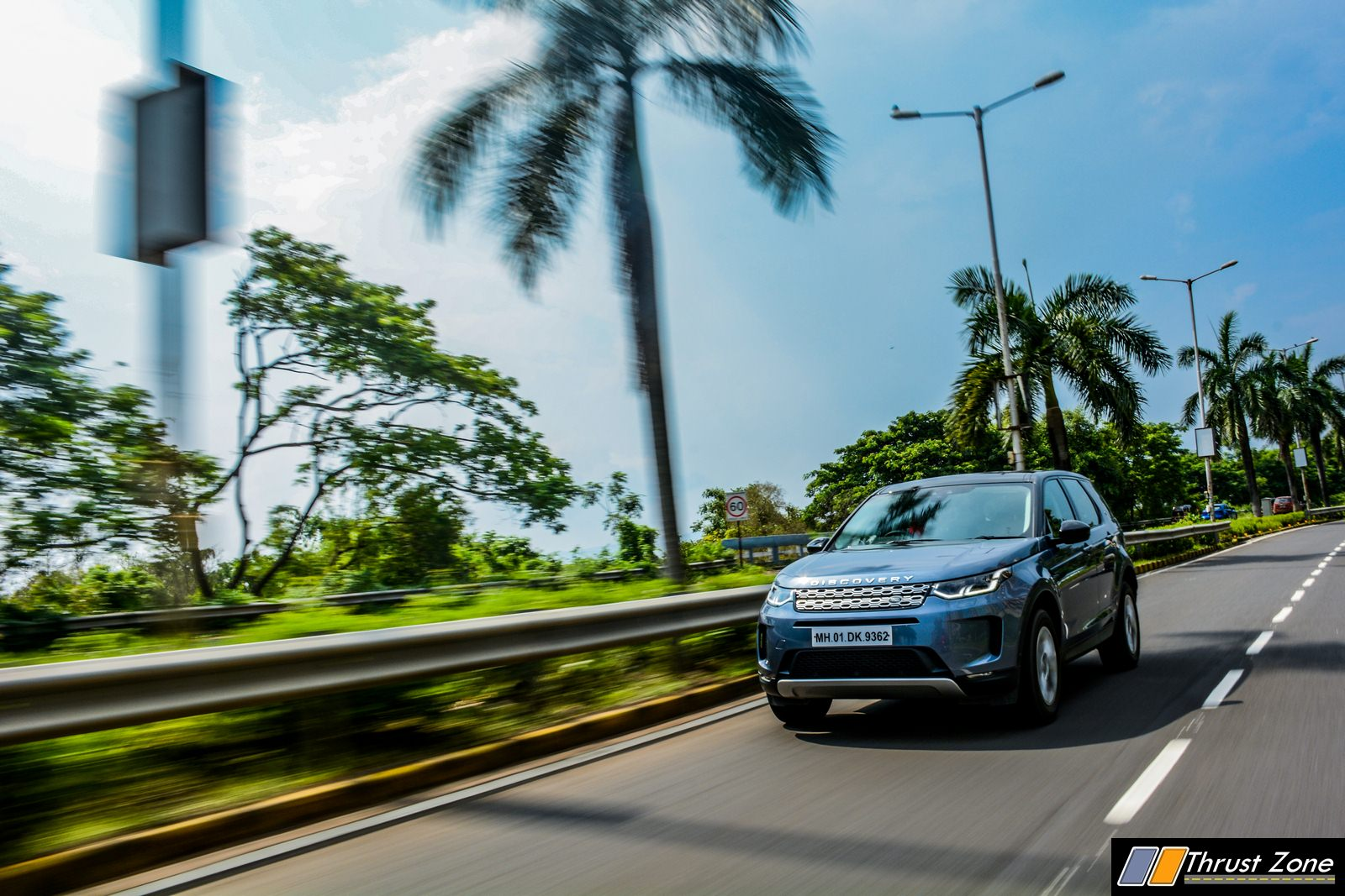 2020-Land-Rover-Discovery-Diesel-India-Review-19