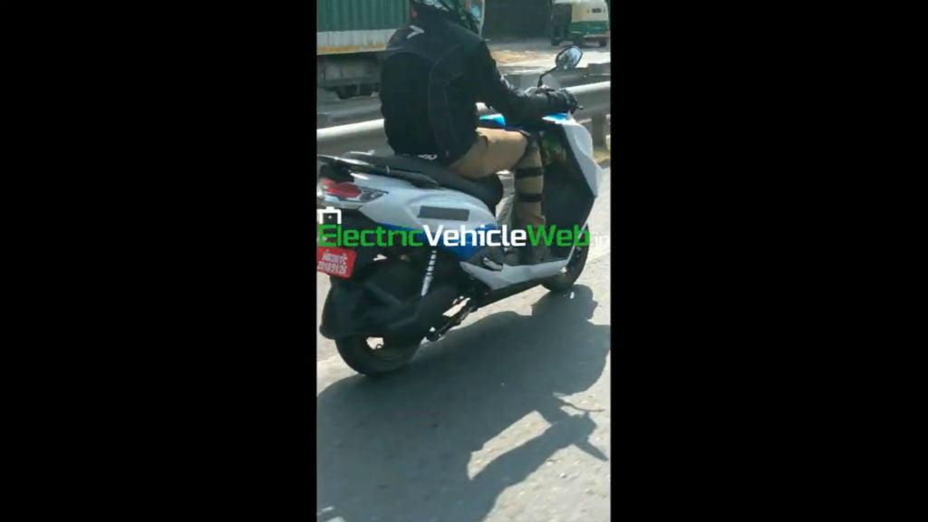 Suzuki Burgman Street Electric (1)