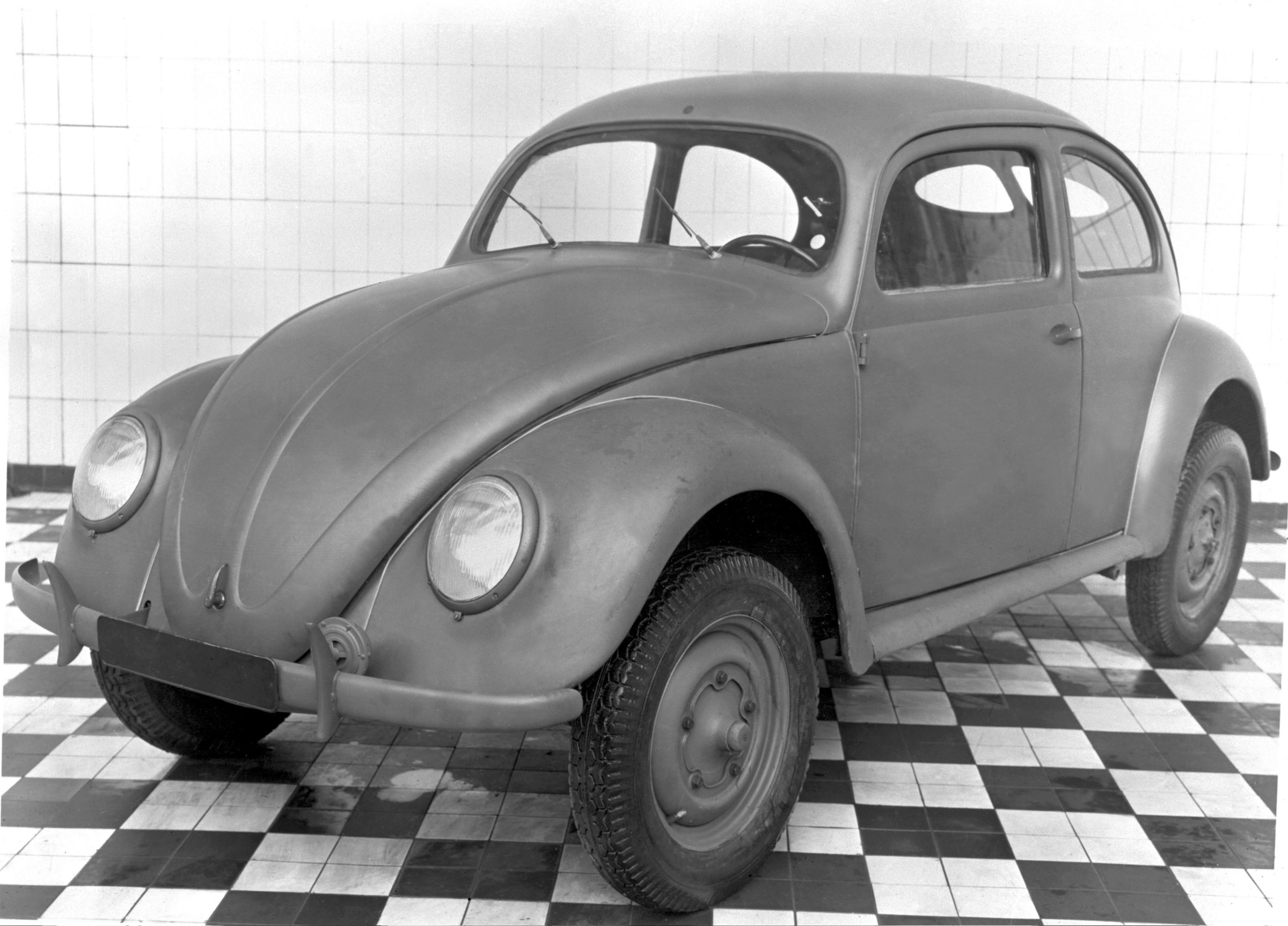 Volkswagen Beetle Is 75 Years Young (2)
