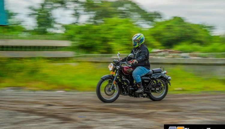 2020-Bs6-Benelli-Imperialle-Review-5