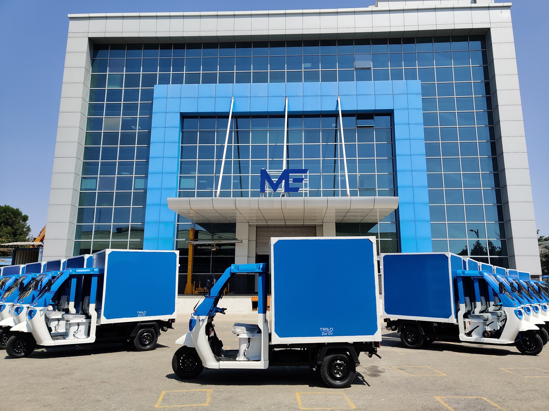 Amazon India Partnership With Mahindra Electric - 10,000 EV For Delivery