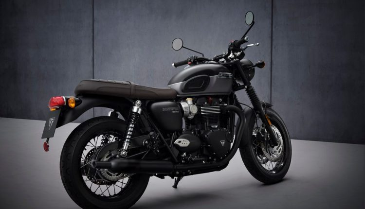 MY21 Triumph T120_Black