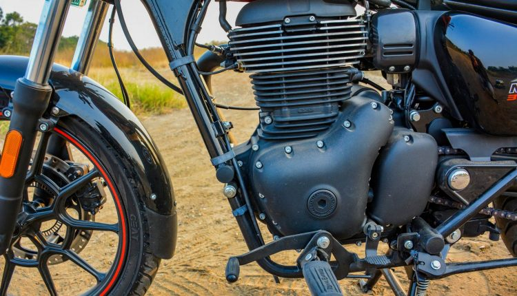 2020-Royal-Enfield-Meteor-350-Review-12