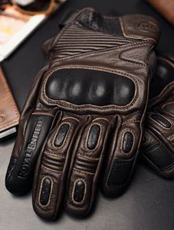 Royal Enfield and Knox For CE Certified Riding Gear (1)