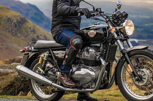 Royal Enfield and Knox For CE Certified Riding Gear (2)