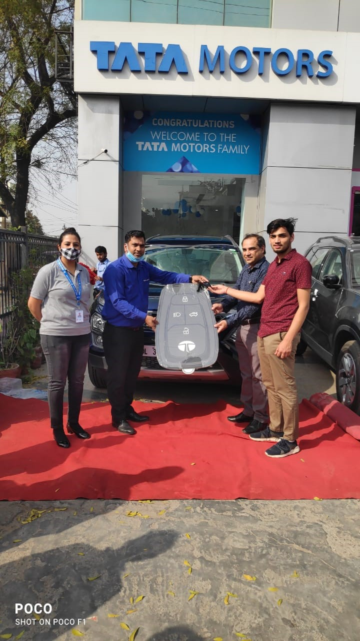 Tata Safari Deliveries (2)