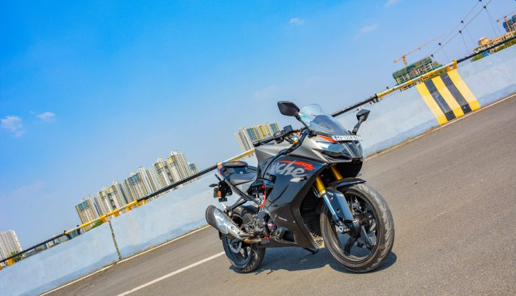 2020-TVS-BS6-Apache-RR310-Review (12)