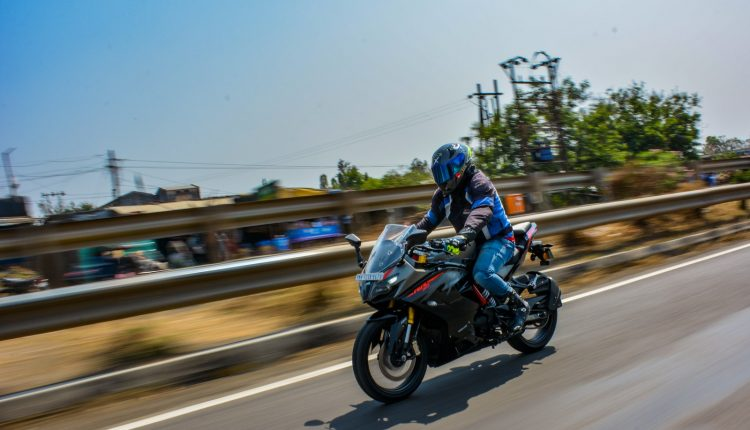 2020-TVS-BS6-Apache-RR310-Review (14)