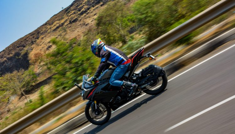 2020-TVS-BS6-Apache-RR310-Review (16)