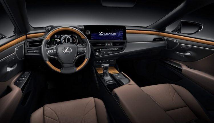 2022 Lexus ES Facelift India (2)