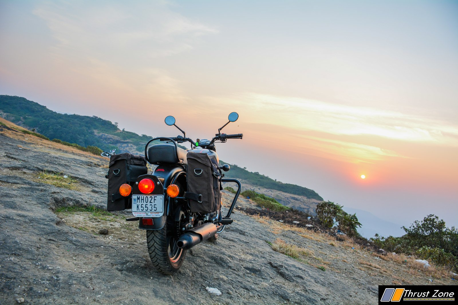 2020-Bs6-RoyalEnfield-Classic-350-Review-7