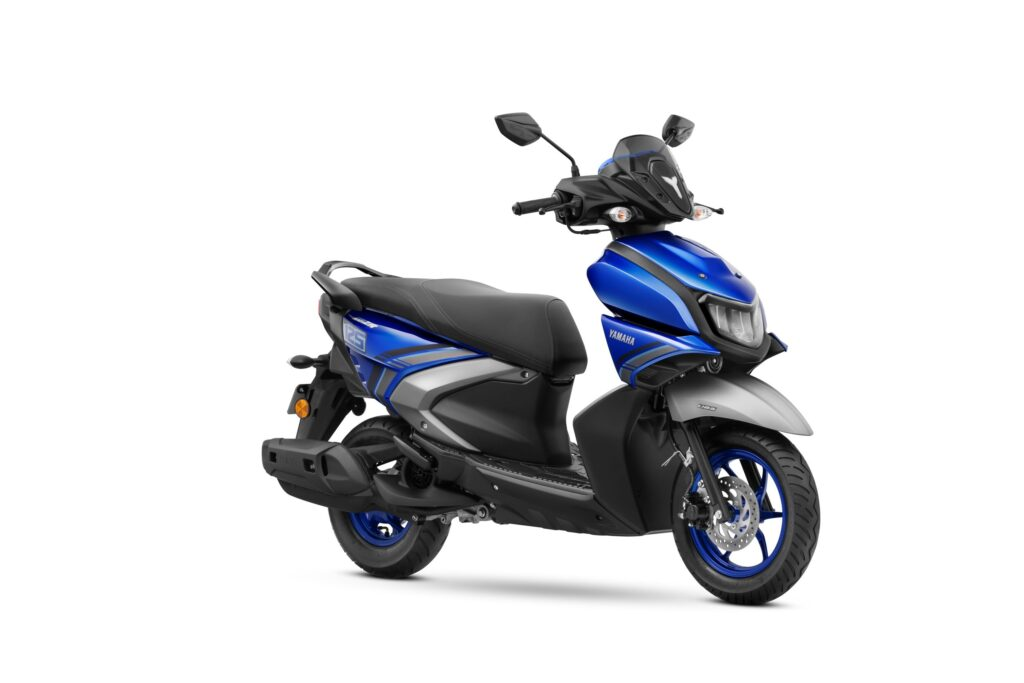 Yamaha RayZR 125 Fi Hybrid Launched in India! (1)