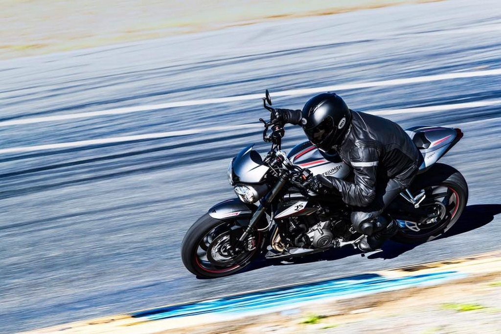 2017 Triumph Street Triple 765 Unveiled, Jaw Dropping Numbers and Design on Offer!