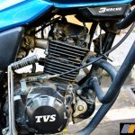 2016-tvs-victor-review-road-test-17
