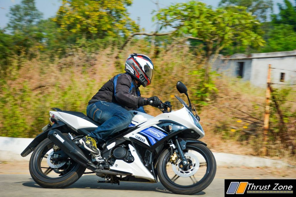 2016-yamaha-r15s-india-review-23