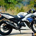 2016-yamaha-r15s-india-review-5