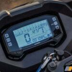 2016-gixxer-fi-sf-review-speedometer
