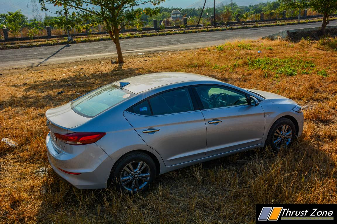 2016 hyundai elantra petrol review first ride. Black Bedroom Furniture Sets. Home Design Ideas