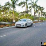 2016-hyundai-elantra-review-petrol-34