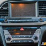 2016-hyundai-elantra-review-petrol-4