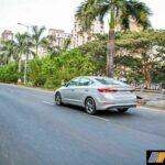 2016-hyundai-elantra-review-petrol-42