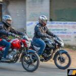 bajaj-v12-vs-shinesp-125-honda-review-comparison-1